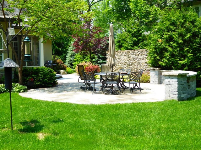 Backyard Landscaping Oakville : Backyard oakville lakeshore traditional patio toronto by the garden wizard