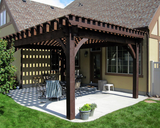 Ashley Residence Pergola Project - A few hours later the timber frame pergola kit came together beautifully.
