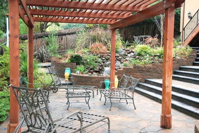 Backyard Pergola Shade Structures - Traditional - Patio ...