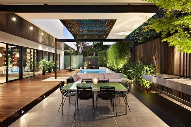 Balaclava contemporary-patio