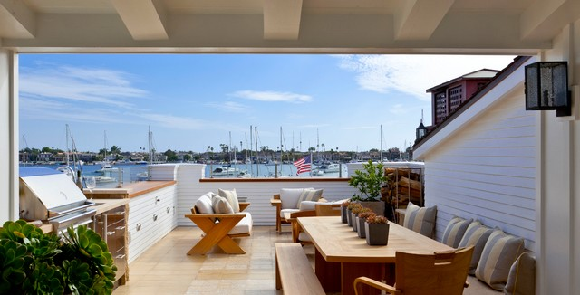 Balboa Island beach-style-patio