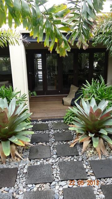 Balinese asian-patio