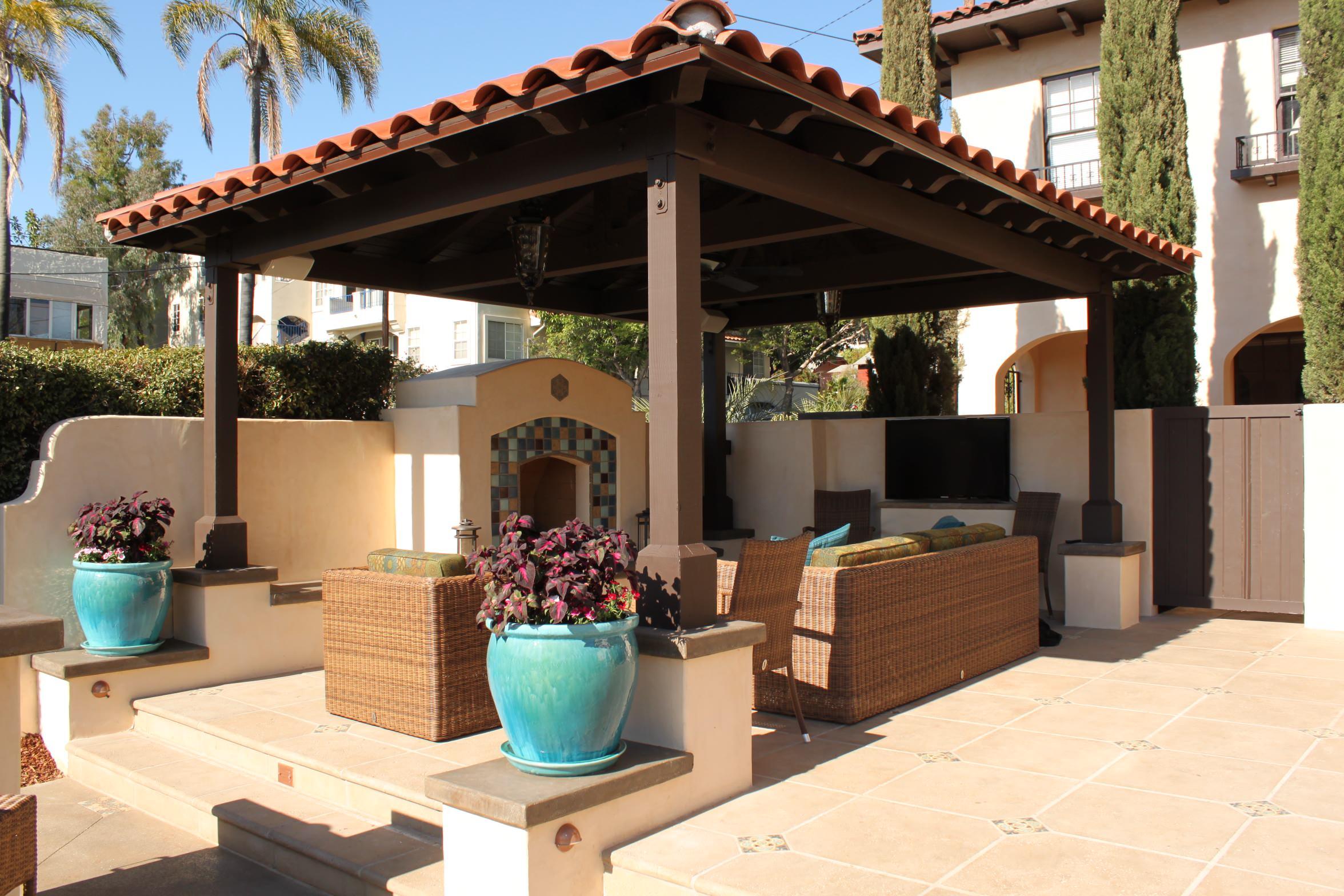 Cabana and Fireplace Lounge Area