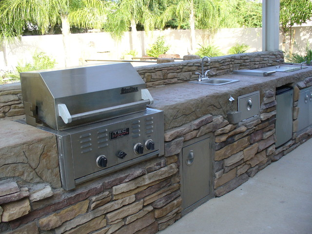Barbecue contemporary patio