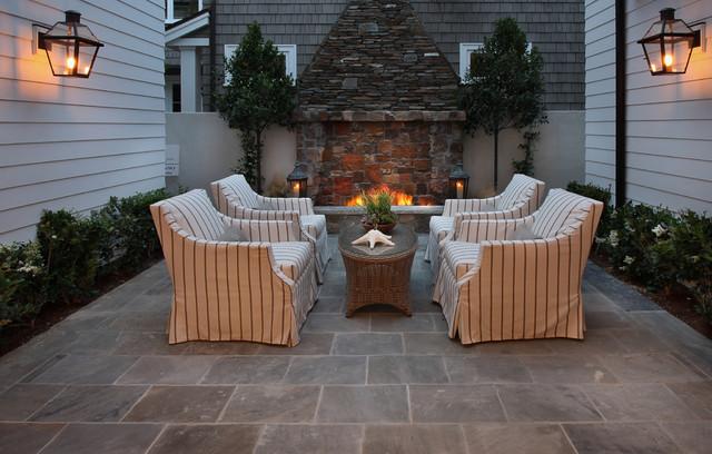Bayshores Drive beach-style-patio
