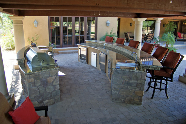 Captivating BBQ Islands Traditional Patio