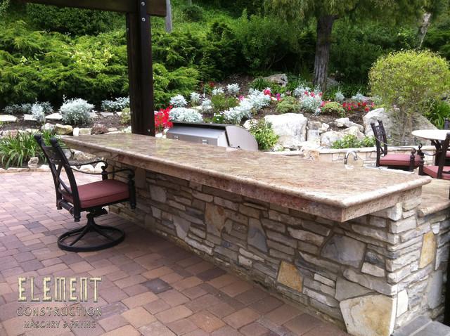 patio designs with concrete pavers