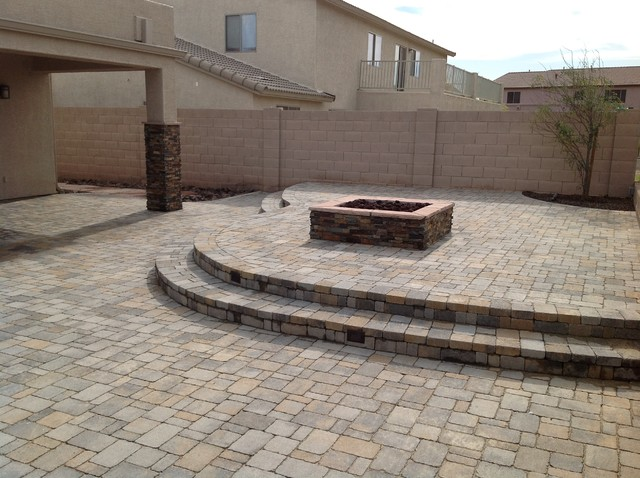 Belgard Pavers Back Yard Patio Traditional Patio