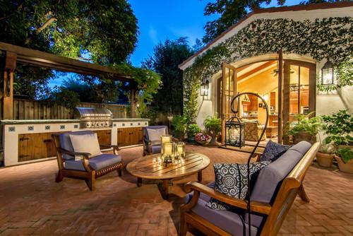 mediterranean-patio 15 Beautiful Examples of Teak Furniture Designs