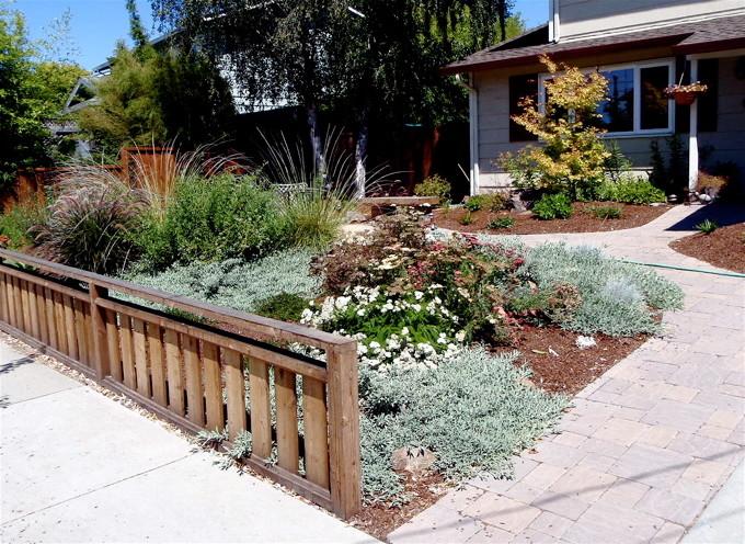Benefits of a Front Yard Berm