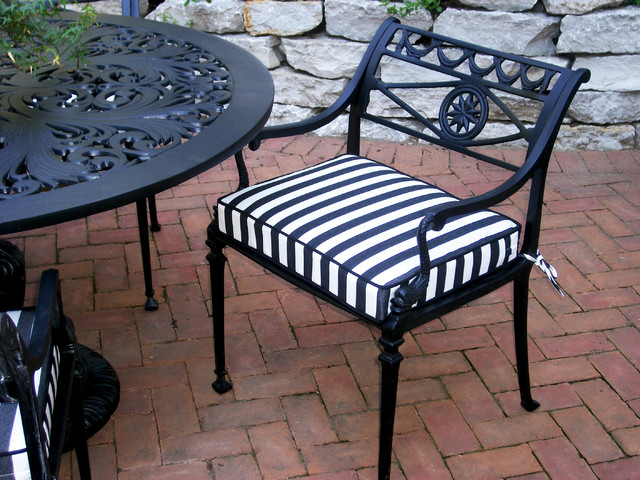Charmant Black And White Striped Outdoor Chair Cushion Traditional Patio