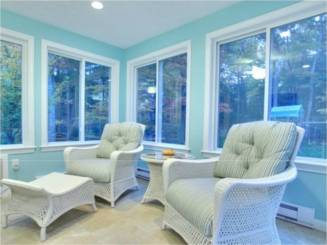 Blue sunroom for What is the square footage of a 15x15 room