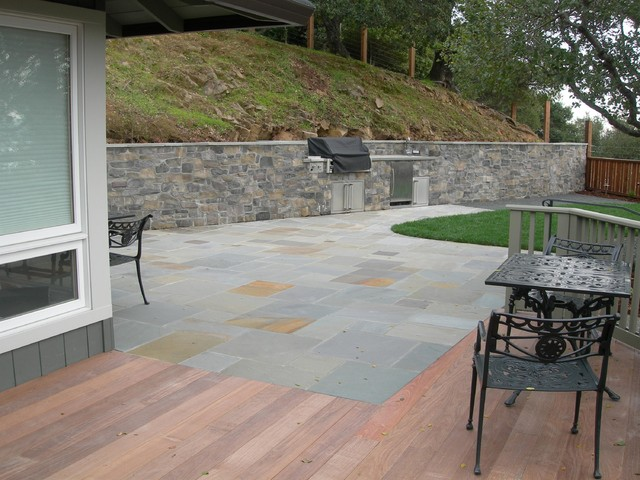 Bluestone Patio and Ipe Deck - Traditional - Patio - san francisco - by O'Connell Landscape