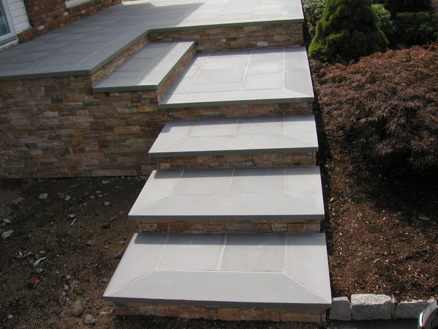 Bluestone Steps With Natural Stone Risers And Front Patio | Smithtown, N.Y  11787 Traditional