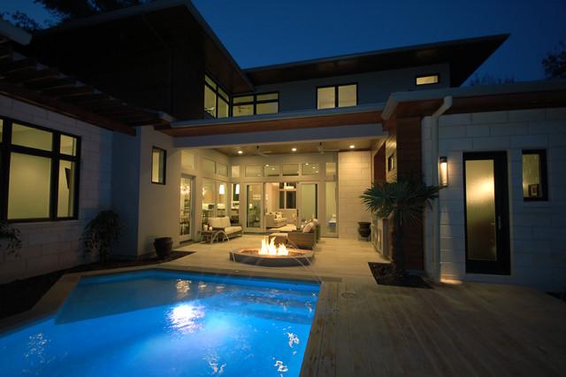 Bowman Residence Outdoor Living contemporary-patio