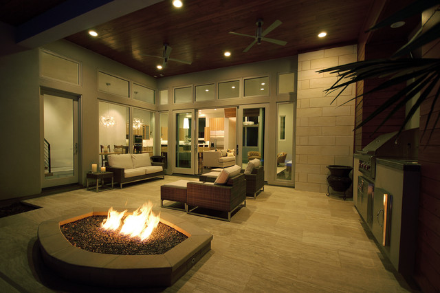 Bowman Residence Outdoor Living contemporary-patio
