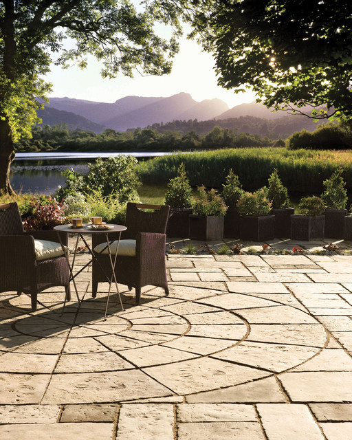Bradstone by Nicolock Patio Pack and Circle Patio Pack mediterranean-patio