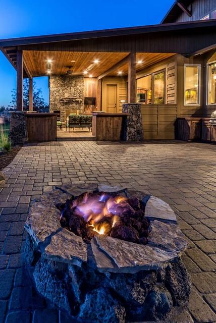 Brasada Ranch Rejuvination rustic-patio