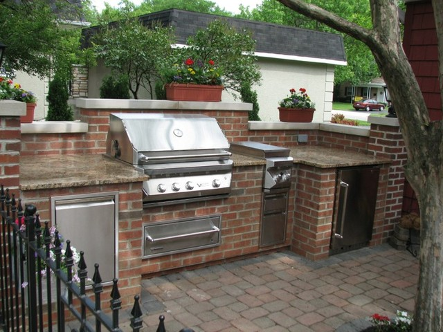 Brick granite limestone outdoor kitchen traditional for Traditional outdoor kitchen designs