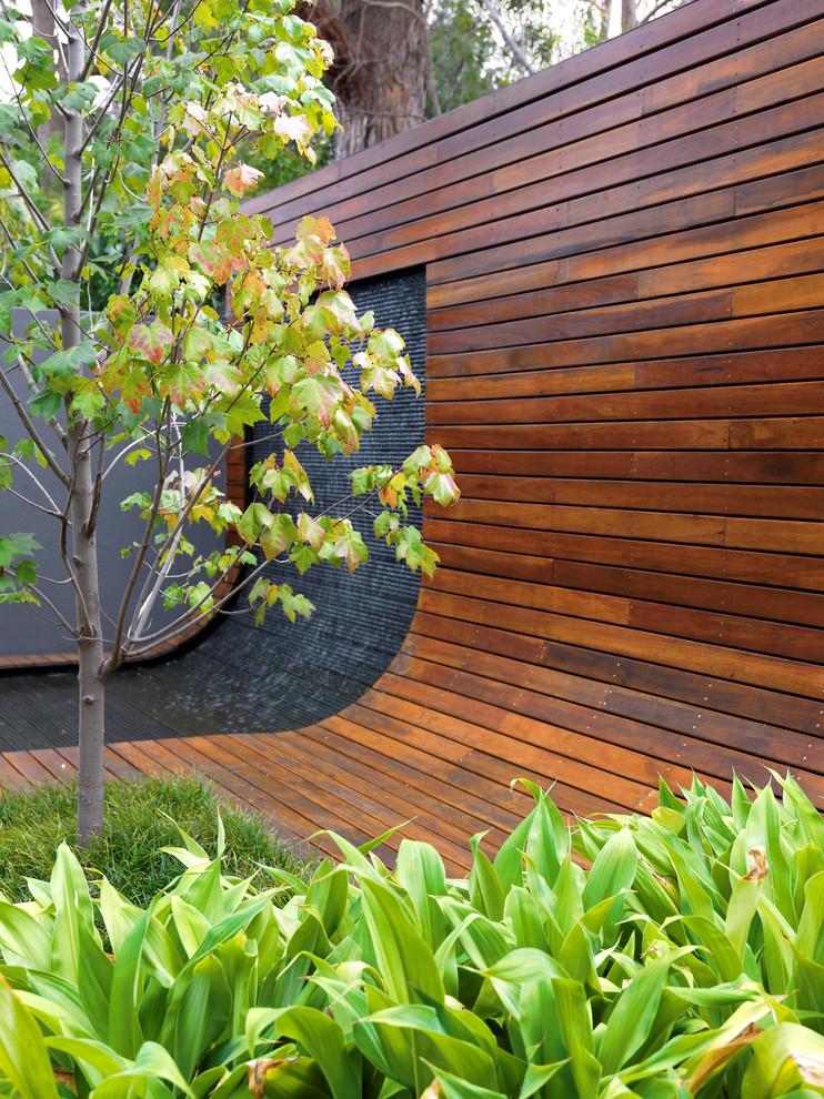 阳台咖啡色地板砖现代风格装饰设计图片