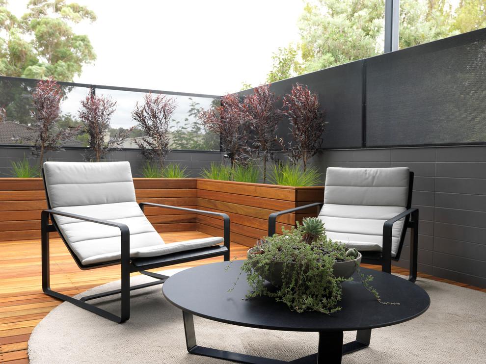阳台咖啡色地板砖现代风格装潢图片