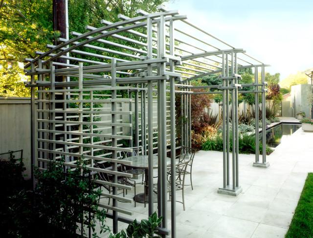 Bruce Drive Residence modern-patio