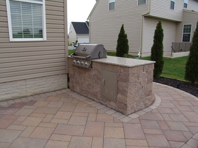 Built In Grill Outdoor Kitchen Contemporary Patio