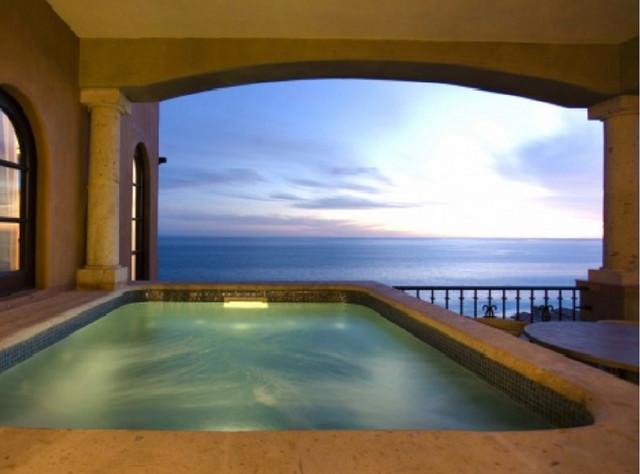 Cabo San Lucas Beach Villas mediterranean-patio