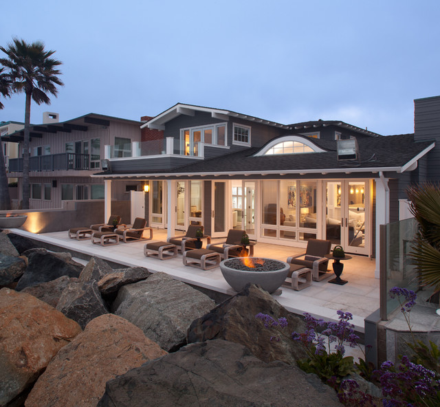 Beau Example Of A Coastal Patio Design In San Diego With A Fire Pit
