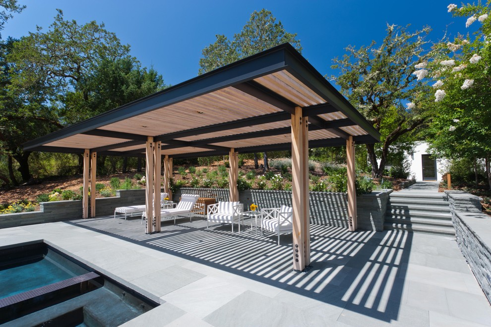 Inspiration for a contemporary patio remodel in San Francisco