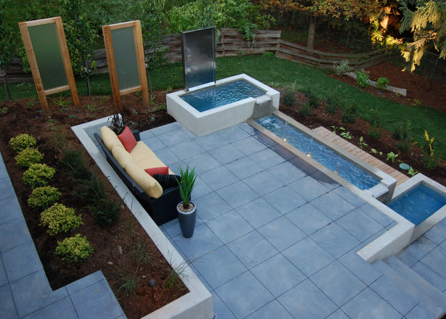 Gentil Cambridge Water Feature Modern Patio