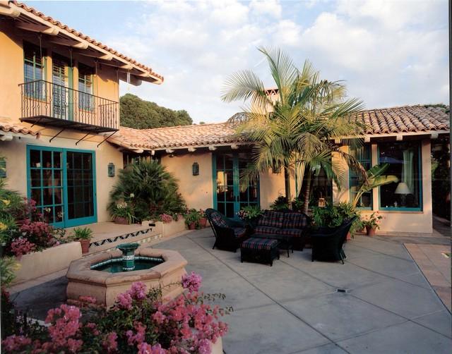 Fairbanks Ranch Residence mediterranean-patio