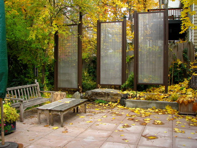 get backyard privacy the subtler, stylish way, Backyard Ideas
