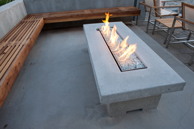 Cantilever Bench Seating And Fire Table Modern Patio