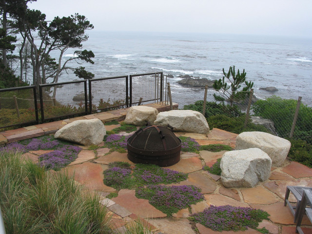 Carmel Highlands contemporary-patio