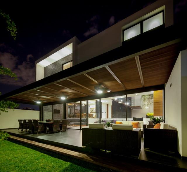 Casa guadalajara contempor neo patio otras zonas for Casa minimalista guadalajara