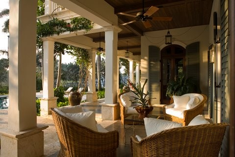 Casaurina tropical-patio