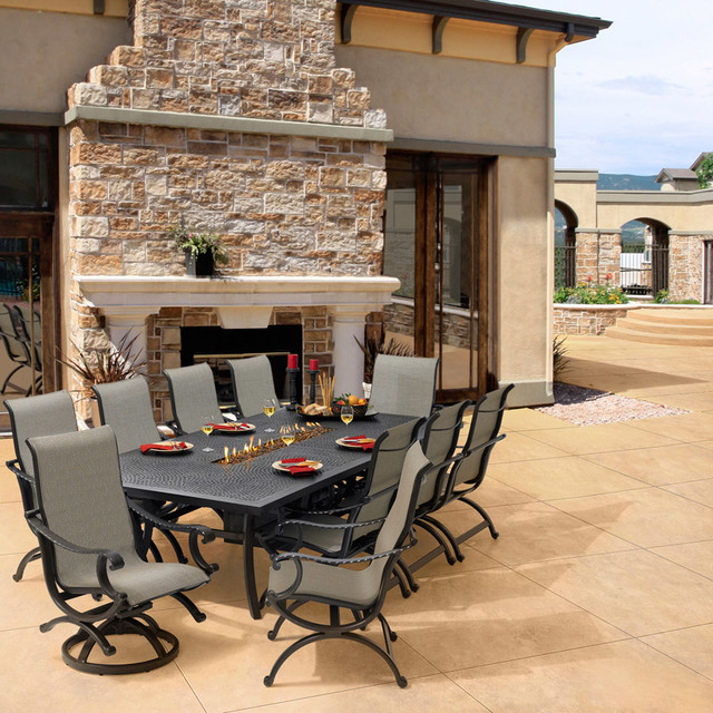 Castelle outdoor furniture pride family brand patio for Outdoor furniture brands