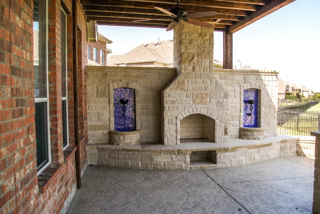 Cedar Balcony-Frisco, TX traditional-patio
