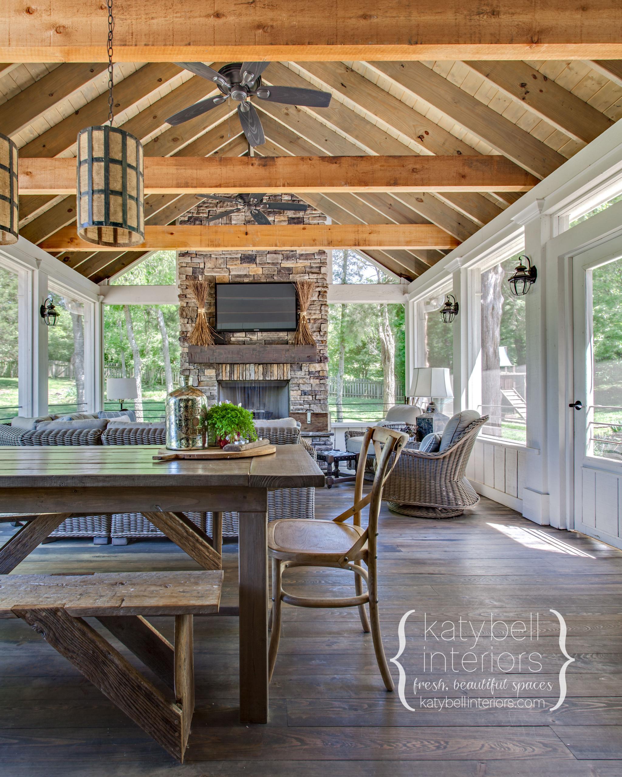 Cedar Beamed Outdoor Living Area