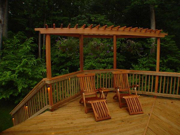 Cedar trellis on deck traditional patio dc metro for Deck trellis