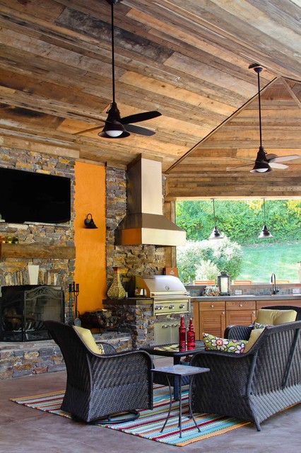 Chesterfield Addition/Outdoor Living contemporary-patio