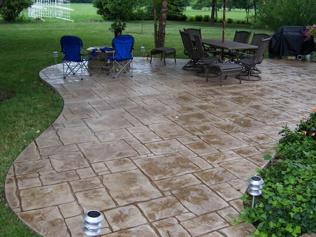 Chesterfield, Missouri stamped concrete back patio