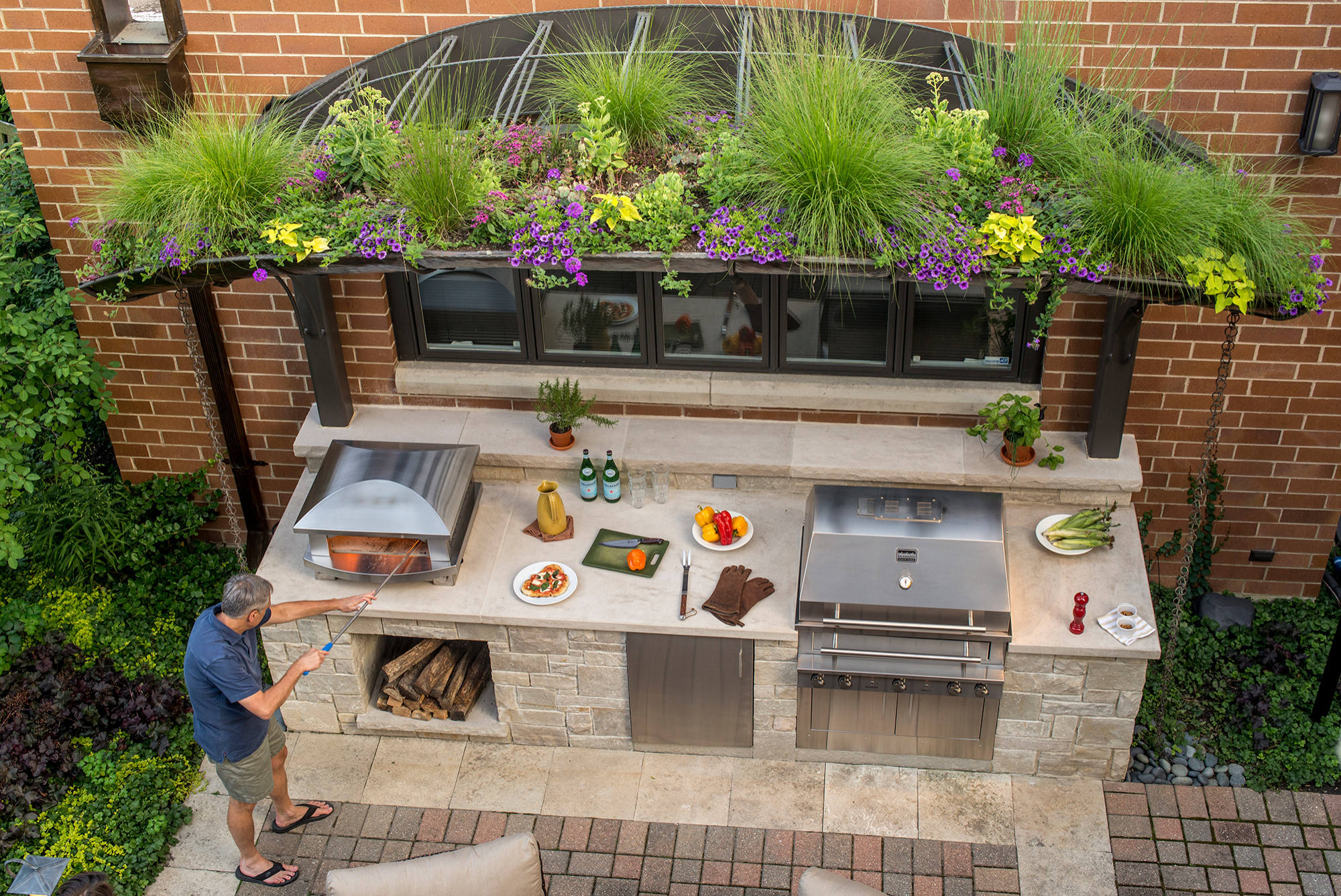 75 Beautiful Small Outdoor Kitchen Design Houzz Pictures Ideas June 2021