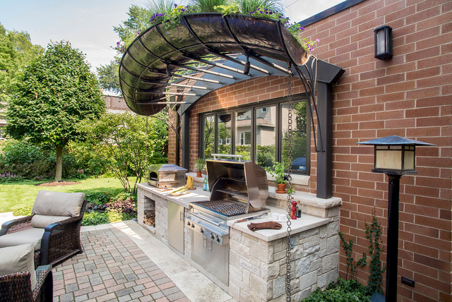 Chicago Outdoor Kitchen Traditional Patio chicago