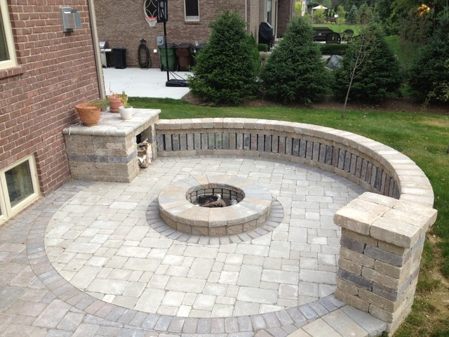 circular brick fire pit