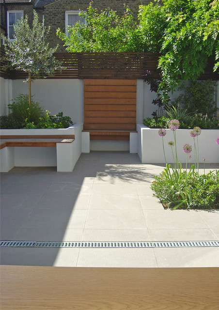 Clapham courtyard contemporary patio london by for Outer space landscape architects adelaide