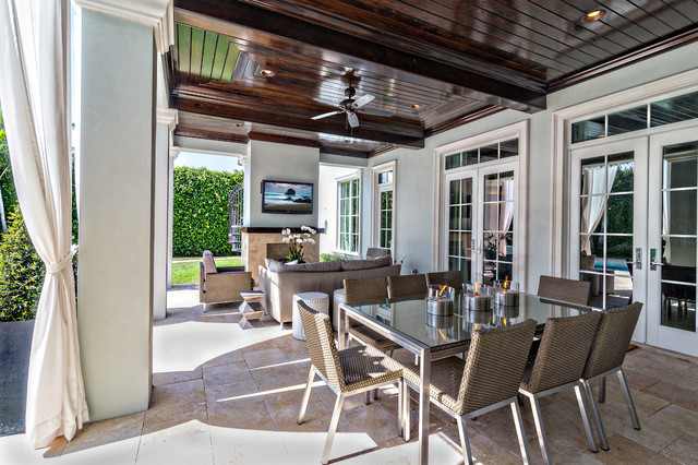 Classic Contemporary transitional-patio