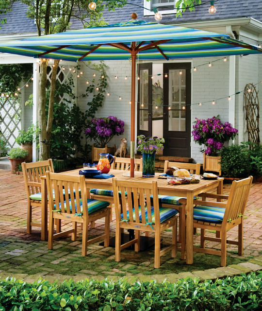 Classic Dining Set traditional-outdoor-lounge-chairs