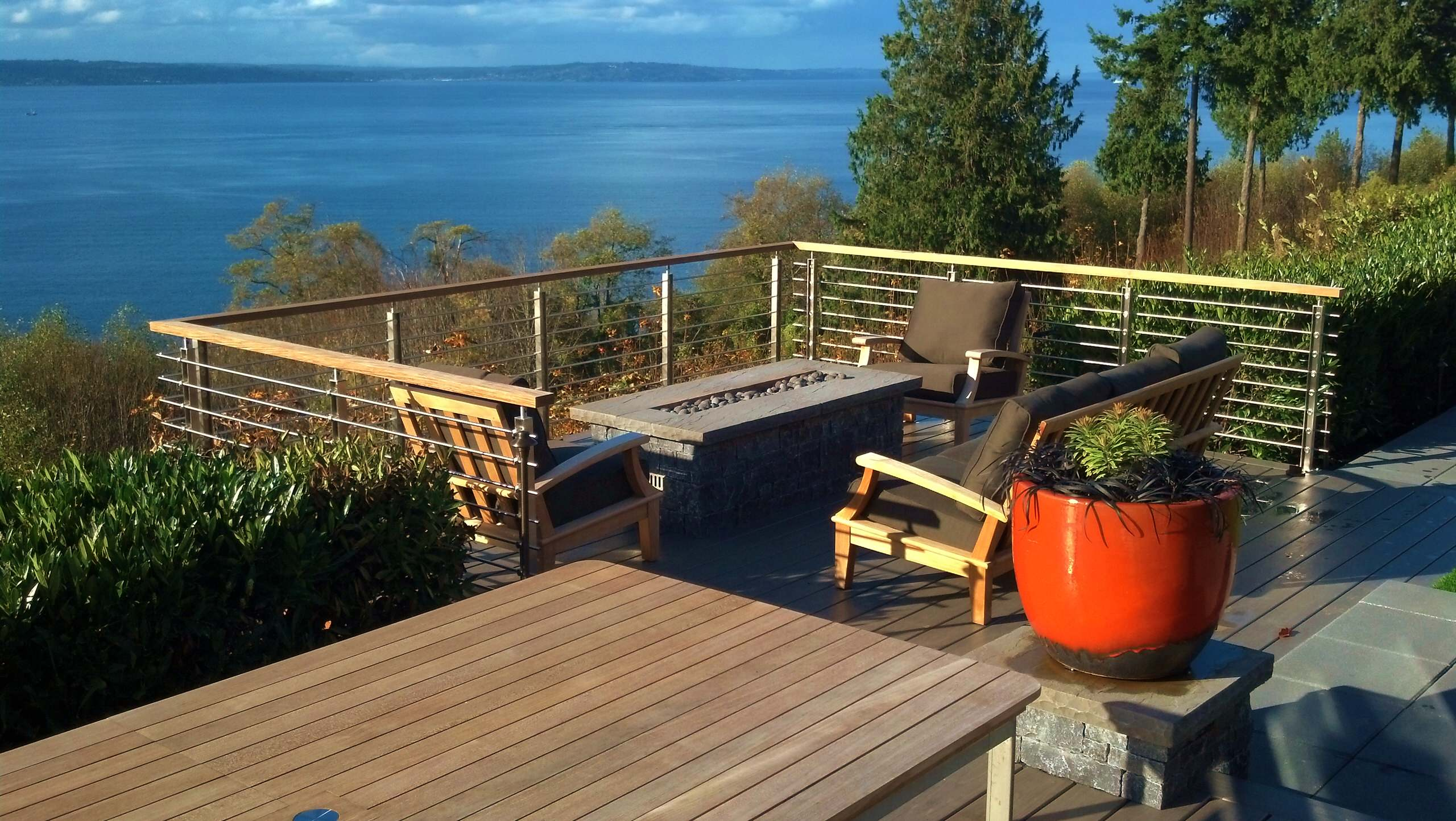 Clifftop View Deck